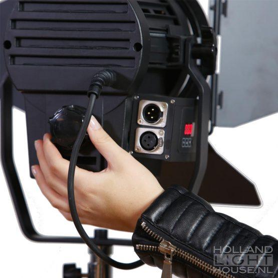 GL-LED70WAD DMX FRESNEL SPOT ACHTER