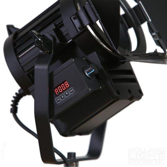 GL-LED70WAD DMX FRESNEL SPOT DETAILS